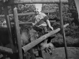 Lill Thomas o Doggan