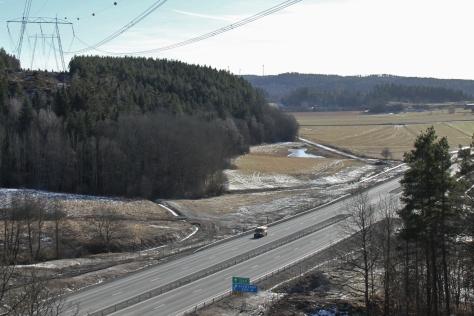 Nya motorvägen invid Heden.