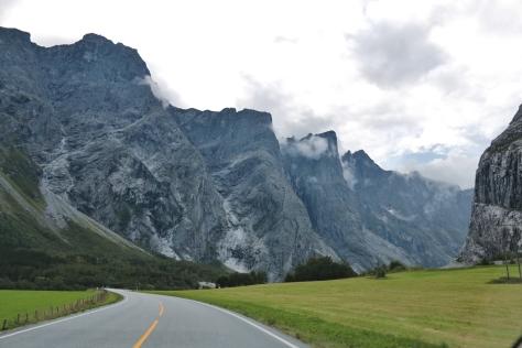 Vägen till Trollveggen Norge 13
